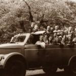 """Курортно-экскурсионный автобус """"Рица"""" на базе шасси ГАЗ-51, производившийся Центральными авторемонтными мастерскими Сочинского автоуправления."""